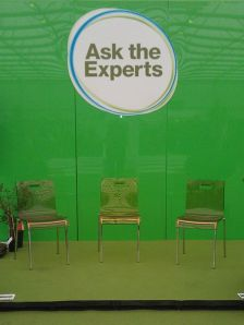 449px-Ask_the_Experts